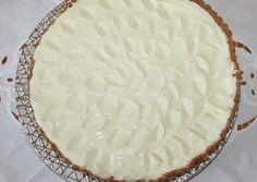 κύρια φωτογραφία συνταγής Lemon Pie....της πάρα πολύ τεμπέλας Summer Desserts, Easy Desserts, Lime Cake, Love Is Sweet, Custard, Lemonade, Sweet Recipes, Recipies, Food And Drink