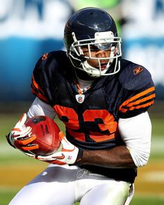 Hester in Throwback