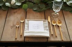 Rustic Vintage Wedding Table Setting