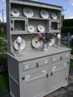 La Craie     Just two simple words, but with a huge impact in the market. La Craie is in demand. And we are sure, this is all just the beginning. Especially when consumers begin to understand the difference between the real stuff and the fakes.   Maison Blanche Paint Company