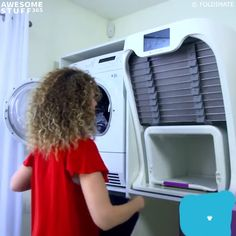 Foldimate is a revolutionary New Robotic Clothes Folding Machine that perfumes and treats your clothes while folding them professionally. The front design . Ironing Machine, Folding Machine, Home Gadgets, High Tech Gadgets, Home Tech, Laundry Room Design, Cool Inventions, Useful Life Hacks, Big Family