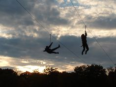 I've been wanting to zipline for so long now. Vacation to tropical jungle will be necessary.