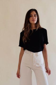 Jesse Kamm - Steinem T-Shirt - Black Mode Style, Style Me, Mode Monochrome, Spring Summer Fashion, Winter Fashion, Spring Style, Look Fashion, Fashion Outfits, Fashion Women
