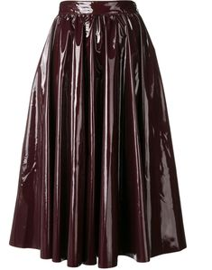 You'll find a great selection of designer pleated skirts at Farfetch. Search from over 2000 designers and hundreds of boutiques for the perfect pleated skirt Metallic Pleated Skirt, Pleated Midi Skirt, Stripe Skirt, Turtleneck Fashion, Floral Print Skirt, Knit Skirt, Msgm, Printed Skirts, Flare Skirt