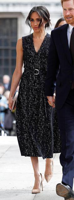 Meghan Markle in Hugo Boss attends a memorial service in London. Meghan Markle, Hugo Boss, Nice Dresses, Marie, Red Carpet, Celebs, Street Style, Memories, Prince Harry