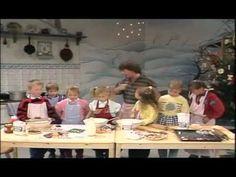 Rolf Zuckowski - In der Weihnachtsbäckerei 1987 - Bing video Christmas Colors, Christmas Themes, Rolf Zuckowski, Computer Animation, Woodland Christmas, Bing Video, German Christmas, Youtube, Kindergarten