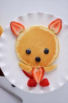 Creative Food Art For Kids You Can Make Yourself Food Art For Kids, Cute Food Art, Cooking With Kids, Easy Food Art, Children Food, Cooking Tips, Creative Food Art, Creative Things, Cooking Light