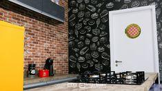 """Saiba como decorar um ambiente de maneira prática e rápida sem gastar muito! Terceiro episódio da série """"PROJETO CRIATIVO"""" A Imprimax forneceu espaço e materiais para que arquitetos e design de interiores esbanjassem sua criatividade, mostrando as possibilidades da utilização de vinil autoadesivos na decoração. Veja o projeto criado pela arquiteta e urbanista JANAINA BARBOSA E Design, Architects, Environment, Creativity, Log Projects"""