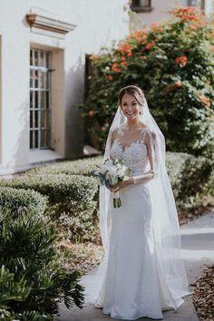Outdoor Garten Braut Portrait in Illusion Spitze Sweetheart Spalte Essenz  von Australien Brautkleid  a84338f2042
