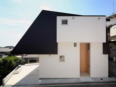 STOCK architects constructs angular house in osaka - designboom | architecture