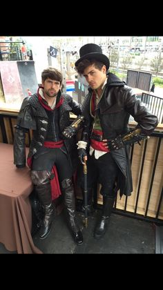 Smosh cosplay as Jacob Frye