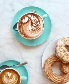 Kaffeeflecken auf dem Sofa
