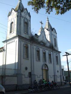 Igreja do Rosário Cidade Estância  Rosário Church City Estância Notre Dame, Scenery, Mansions, House Styles, Building, Cathedrals, Temples, Paths, City