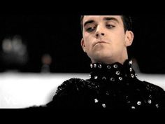 Robbie Williams - She's The One - YouTube