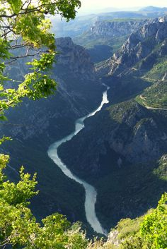 Gorges du Verdon, France, looks cool. Wonderful Places, Beautiful Places, Travel Around The World, Around The Worlds, Ville France, Provence France, Thinking Day, South Of France, France Travel