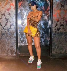 Source by sets clothes Source by sets clothes tendances de la mode automne-hiver 2019 Edgy Outfits, Summer Outfits, Girl Outfits, Fashion Outfits, Fashion Ideas, Fashion Killa, Girl Fashion, Fashion Looks, Hipster Fashion