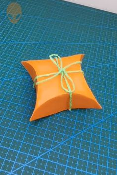 10 Pretty And Amusing Origami Ideas DIY Tutorials Videos Paper Crafts Origami, Origami Ideas, Origami Box, Origami Flowers, Origami Tutorial, Diy Tutorial, Paper Folding Techniques, Crochet African Flowers, Diy Crafts To Do