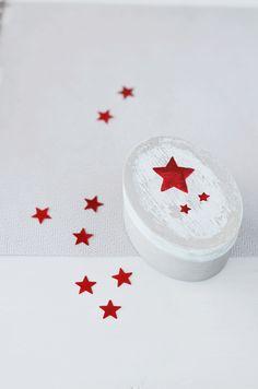 Caja de estrellas decorada con Decoupage. Stars box - Decoupage. Cosesmones.blogspot.com