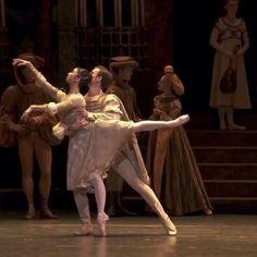 Ballet Gif, Ballet Dance Videos, Dance Choreography Videos, Ballet Dancers, Dancer Workout, International Dance, Cool Dance, Shall We Dance, Street Dance