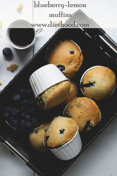 Blueberry Lemon Muffins | www.diethood.com | #breakfast #muffins