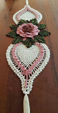 Kira crochet: Scheme no. 260 - Her Crochet Crochet Table Runner Pattern, Free Crochet Doily Patterns, Crochet Motifs, Crochet Tablecloth, Crochet Squares, Thread Crochet, Crochet Doilies, Crochet Flowers, Crochet Lace