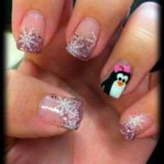 So cutte!!! :) love these nails!! ;(