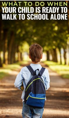 When parents feel that their child is ready to walk to school alone, it can be nerve-racking. Prepare your family for this new milestone with these tips. Kids And Parenting, Parenting Hacks, What Is Sleep, Walk To School, Kids Fever, Friends Mom, Kids Health, Children Health, Infant Activities