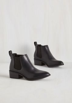 A-list Playlist Bootie in Black. #black #modcloth