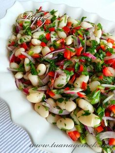 TUANA MUTFAK: PİYAZ Salade Caprese, Turkish Recipes, Ethnic Recipes, Eastern Cuisine, Appetizer Salads, Cooking Recipes, Healthy Recipes, Macaroni Salad, Fish Dishes
