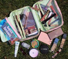 Back-to-School Beauty Faves Gorgeous Makeup, Love Makeup, Makeup Ideas, Dior Makeup, Makeup Geek, Instant Age Rewind Concealer, Back To School Makeup, Benefit Blush, Oil Free Makeup
