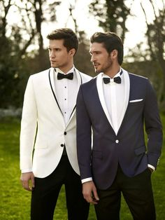 Everybody loves Suits - The gray tux with white details looks pretty great to me. Also a great example of mixing pants and - Groomsmen Suits, Groom Attire, Groom Outfit, Smoking Gris, White Tuxedo Wedding, Grey Tux, Classic Tuxedo, Slim Fit Tuxedo, Groom Tuxedo