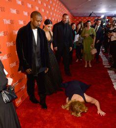 Kim und Kanye werden Opfer eines Streichs auf dem roten Teppich