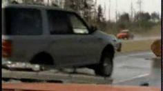 UVIOO.com - The Most Amazing Cinematic Car Crash Ever