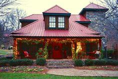 Moonshine Hill Inn - www.moonshinehill.com Wonderful place in Leiper's Fork, TN Photo by Debbie Smartt