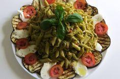 Un primo piatto freddo può essere un toccasana nelle afose giornate estive. Inoltre rappresentano un modo abbastanza rapido per risolvere un pranzo.