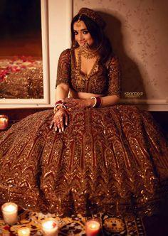 Indian Bridesmaid Dresses, Indian Bridal Outfits, Indian Bridal Fashion, Wedding Dresses For Girls, Indian Fashion Dresses, Indian Designer Outfits, Bridal Dresses, Golden Bridal Lehenga, Indian Bridal Lehenga