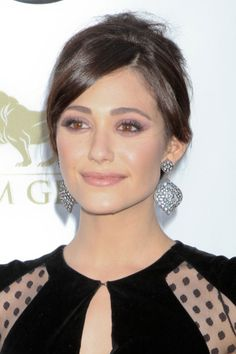 Emmy Rossum's Pretty Plum Look Is A Star-Approved Way to Get Perfect Smoky Eyes