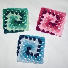 The Granny Square Spiral... pinned to something on revelry that looks like this because link was dead.