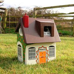 Lindleywood - Personalised Cottage Bird Box