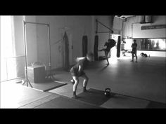 BreakingMuscle.com - Kettlebell Snatch - YouTube