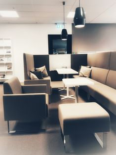 Roxtec Norway - from A to Z - make your ad hoc meeting or touch down spot inviting and functional.