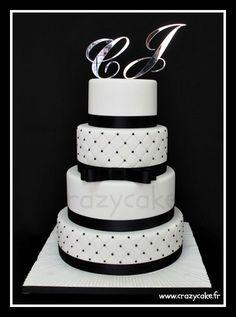 Black and White wedding cake by Crazy Cake