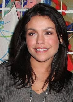 Rachael Ray. Rachael won the award for Favorite TV Chef at the People's Choice Awards 2011