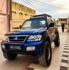 v60 modified prepared Pajero Full, Pajero Sport, Mitsubishi Pajero, Prado, Cars And Motorcycles, 4x4, Trucks, Exceed, Offroad
