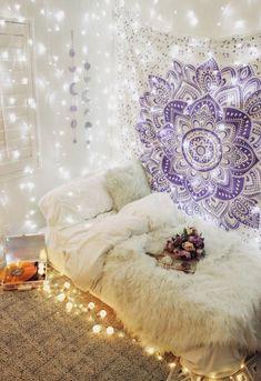 Dorm Tapestry, Tapestry Bedroom, Mandala Tapestry, Room Ideas Bedroom, Bedroom Decor, Bedroom Bed, Wall Decor, Decor Room, Cozy Bedroom