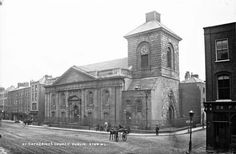 Catherine's Church on Thomas Street, Dublin 8 [circa – image credit: Robert French/National Library of Ireland Ireland Pictures, Old Pictures, Old Photos, Dublin Street, Dublin City, Photo Engraving, History Photos, Dublin Ireland, Park