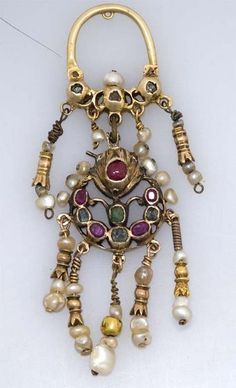 Earring in gold and precious stones, Tangier, Morocco
