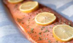 Ten najlepší recept na vianočného pečeného lososa s citrónom a bylinkami Grain Free, Dairy Free, Baked Salmon Lemon, Healthy Tips, Healthy Eating, Cooking Salmon, Fabulous Foods, Nutritious Meals, Kfc