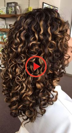 Want to wake up with curls but can& decide between spiral perm vs regular perm? We& telling you everything you need to know about spiral perm hairstyles! Long Layered Curly Hair, Colored Curly Hair, Curly Hair Tips, Curly Hair Styles, Curly Hair With Bangs, Curly Hair Routine, Curly Hair Men, Medium Permed Hairstyles, Perm Hairstyles