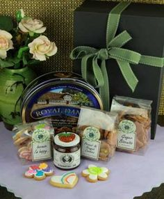 South Africa Snack & Gift Hampers for all occasions. Gift Hampers, South Africa, Biscuits, Snacks, Chocolate, Fruit, Gifts, Food, Crack Crackers